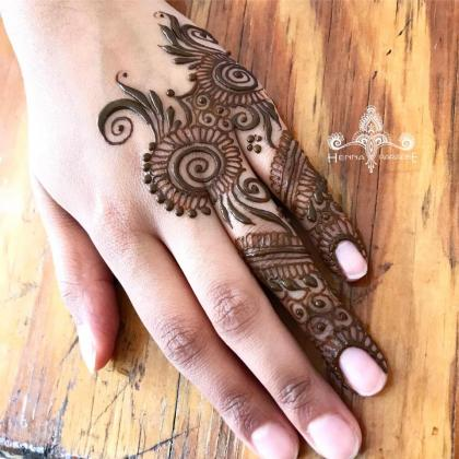Affordable Mehndi Designs in Brisbane at Henna Paradise!